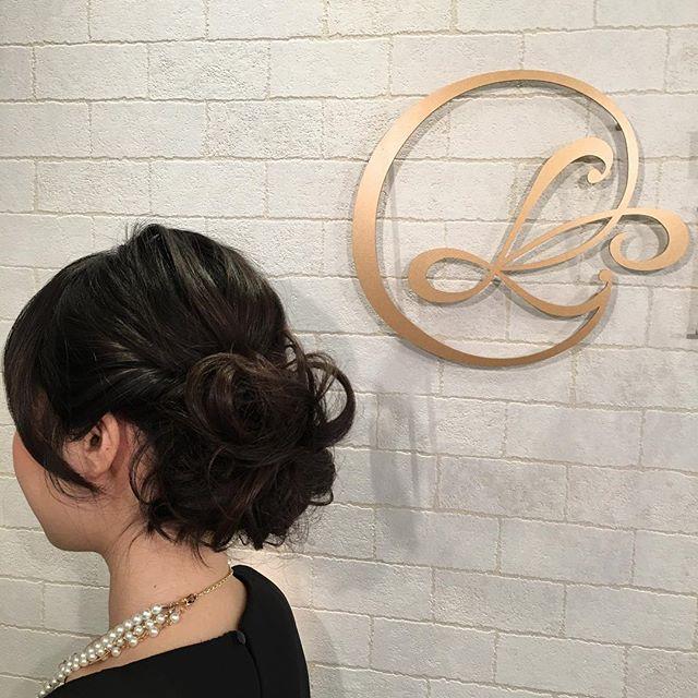 アレンジもやってますよ〜(o^^o)Hair:ChitomoMake:Terumi(メイクはテルミのブログのほうで見て下さい(o^^o)*プロフィールからHPにとべます(*^^*) #古賀市美容室 #LAULEA #ラウレア #ヘアアレンジ